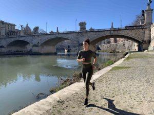 Running Roma lungotevere ponte sisto